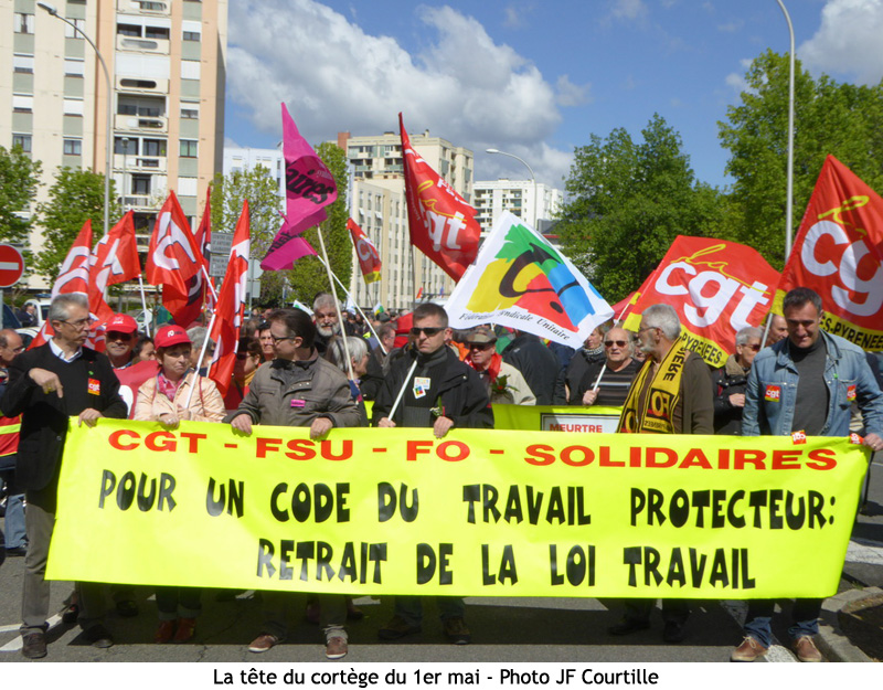 defile 1 mai femme solidaire
