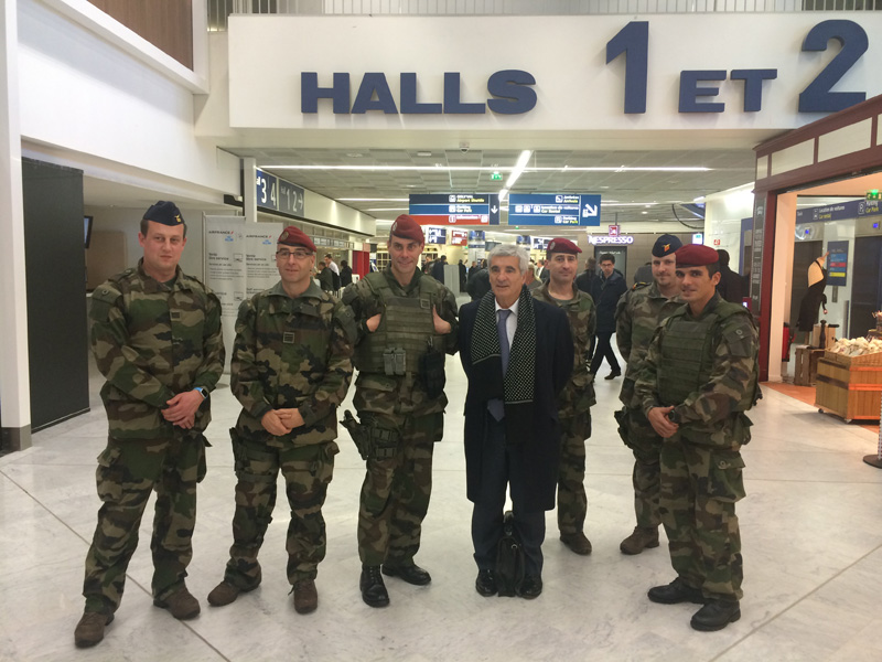 Rencontre aeroport orly